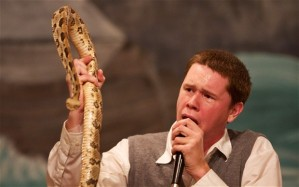 snake_worship_pas_2744467b